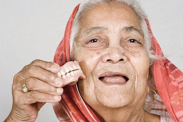 Dentures in Zirakpur